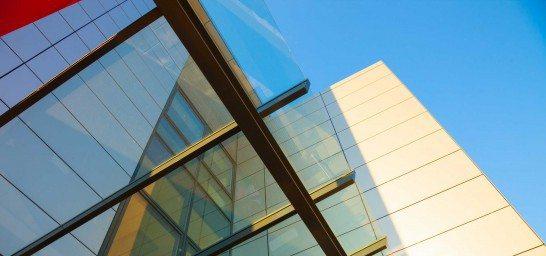 Un trabajo invisible: los servicios auxiliares en las empresas