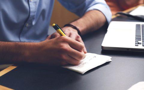 Cómo no redactar tu oferta de empleo
