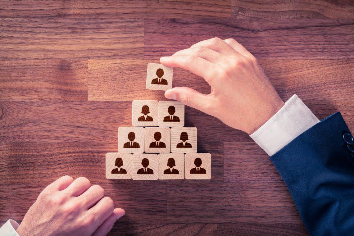 Huir de la estructura jerárquica en la empresa