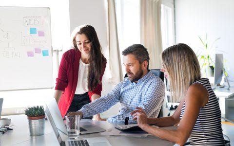 Qué puede hacer la empresa para fomentar el empleo juvenil