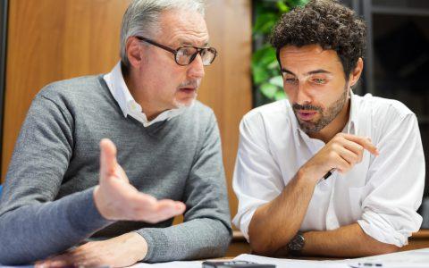 Reverse mentoring: En qué consiste el cambio de roles en la mentoría profesional