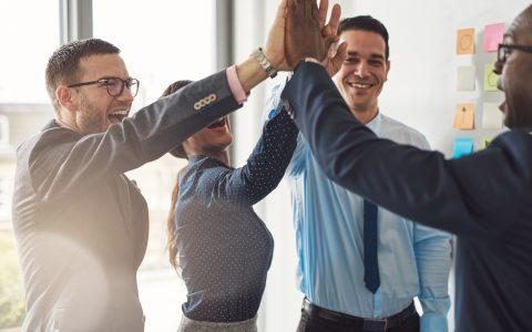 7 acciones para mejorar el clima laboral en tu empresa rápidamente