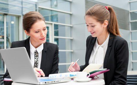 ¿Qué aporta un becario a tu empresa?