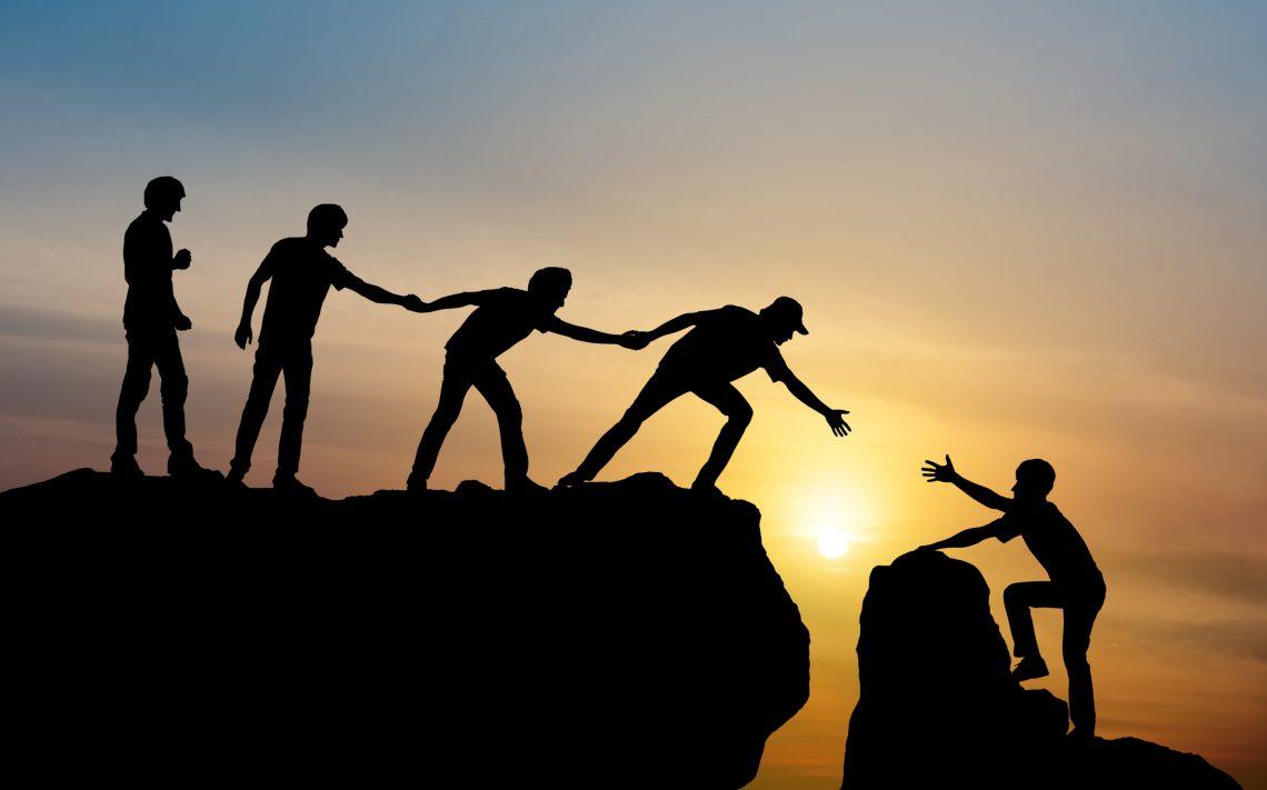 Ejercicios de team building: cómo ayudar a tu equipo