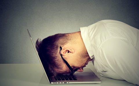 Qué es el tecnoestrés y cómo afecta a empleados y empresas