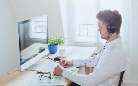 Plataformas de teleformación: ¿por qué es importante ponerlas a disposición de tus empleados?