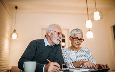 Beneficios a tus trabajadores mayores de 45 años
