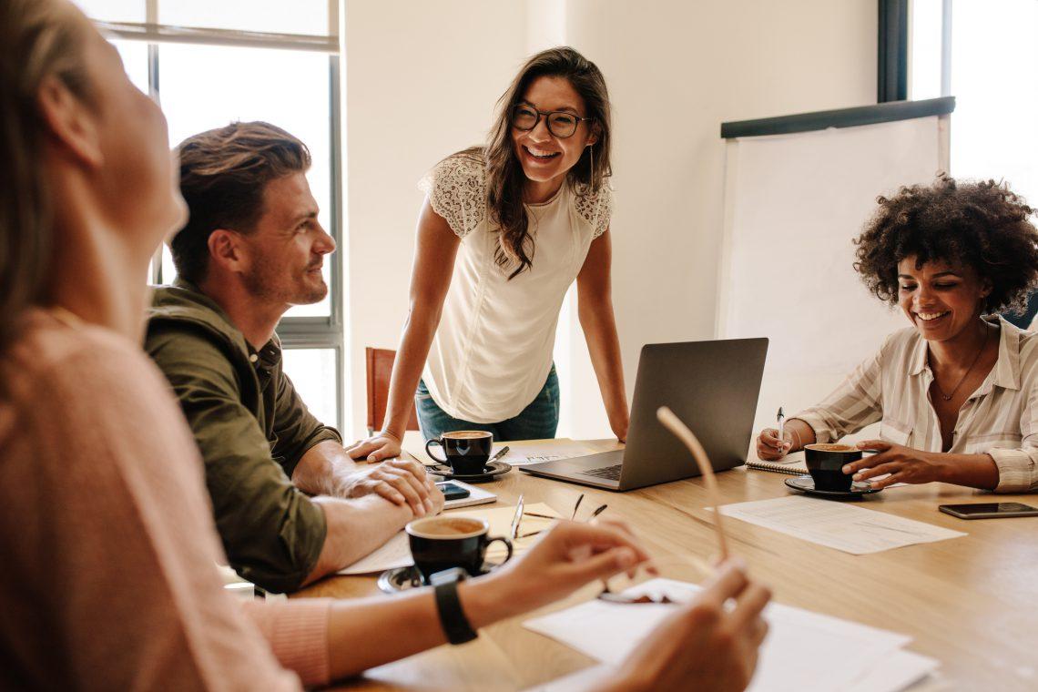 Ventajas de fomentar el aprendizaje cooperativo y colaborativo en tu plantilla