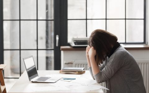 Cómo prevenir la baja por depresión laboral en los empleados