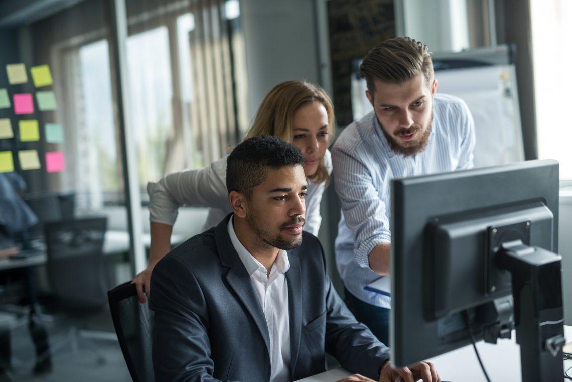 Cuál es la definición de blended learning y cómo se aplica en tu empresa