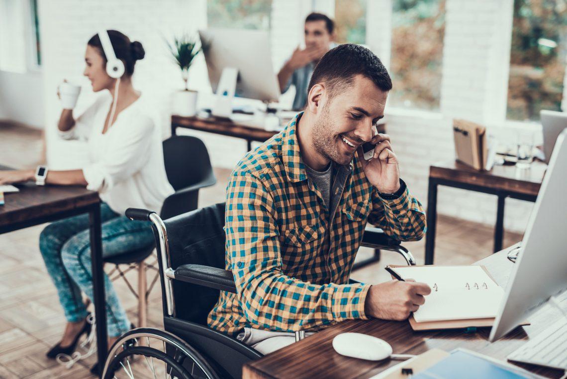 ¿Cuáles son las ventajas y desventajas de la transparencia salarial en la empresa?