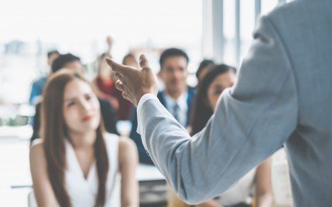 Qué es el crowdlearning y cómo puedes fomentarlo en tu empresa
