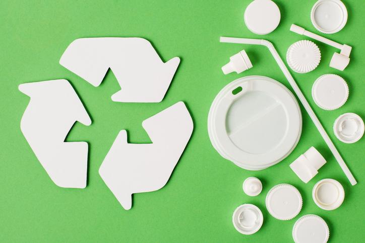 Algunas acciones para reducir el consumo de plástico en la oficina