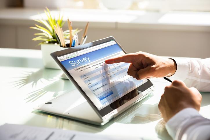 Cómo llevar a cabo una encuesta de ambiente laboral en tu empresa