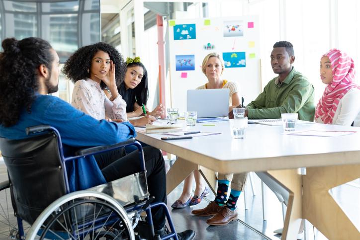 Qué es un programa de inclusión laboral y cómo puedes llevarlo a cabo