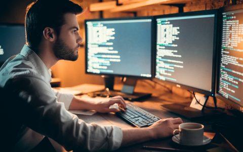 Profesiones tecnológicas que pueden mejorar la productividad en tu empresa