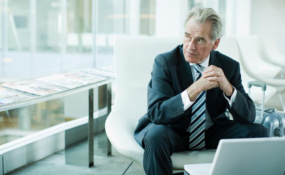 Jubilación activa en el caso de los consejeros mercantiles: ¿Cuándo es compatible trabajo y la jubilación?