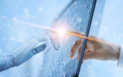 """Las empresas españolas solo consiguen un """"aprobado"""" en tecnología e inteligencia artificial"""