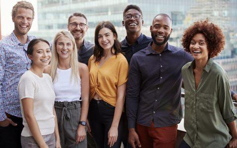 Ventajas de contratar plantillas multiculturales y retos a la hora de gestionarlas