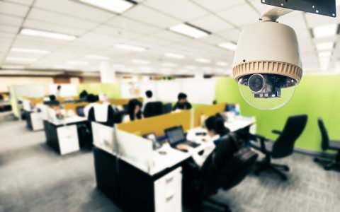 Invasión de la privacidad en el trabajo: ¿cuándo se vulnera el derecho?