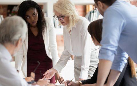 7 cualidades del liderazgo empresarial y cómo mantenerlo a largo plazo