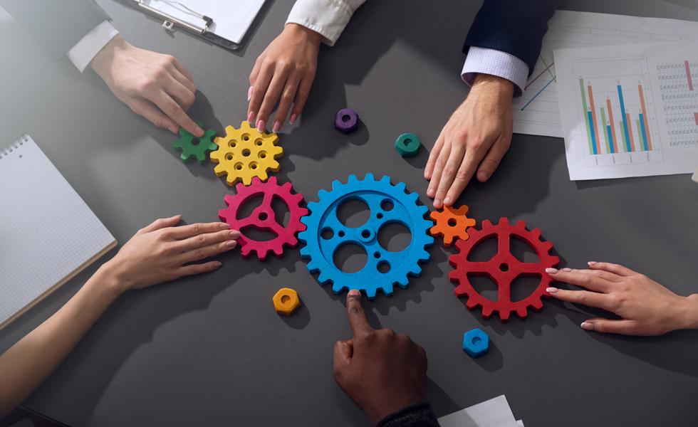 """Problemática sobre la negociación colectiva de las """"empresas en red"""""""